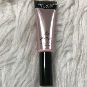 Victoria's Secret lip plumper lipgloss
